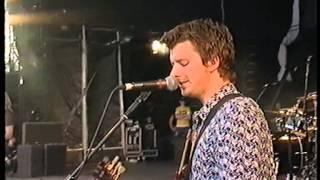 Embrace, Wonder, live at V2001 Festival