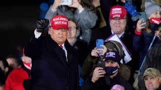 Donald Trump continues frantic last-minute campaigning for US election