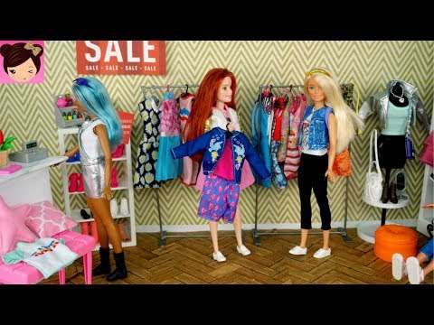 Barbie After School Routine Shopping at The Mall Eating at Mc Donalds - Royal High Toy Show Ep14