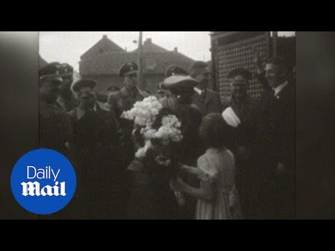 Girl Offers Flowers To Nazi Leaders As Ritual Show In 1940 - Daily Mail