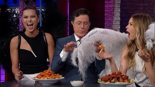 The Victoria's Secret Angels Stop By For A Quick Nosh thumbnail