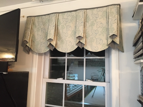 PROFESSIONAL LOOKING VALANCE YOU CAN MAKE AT HOME! (Part 2)
