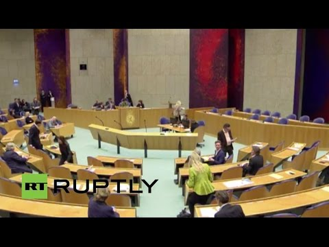 LIVE: Dutch parliament to debate on MH17 Dutch Safety Board final report