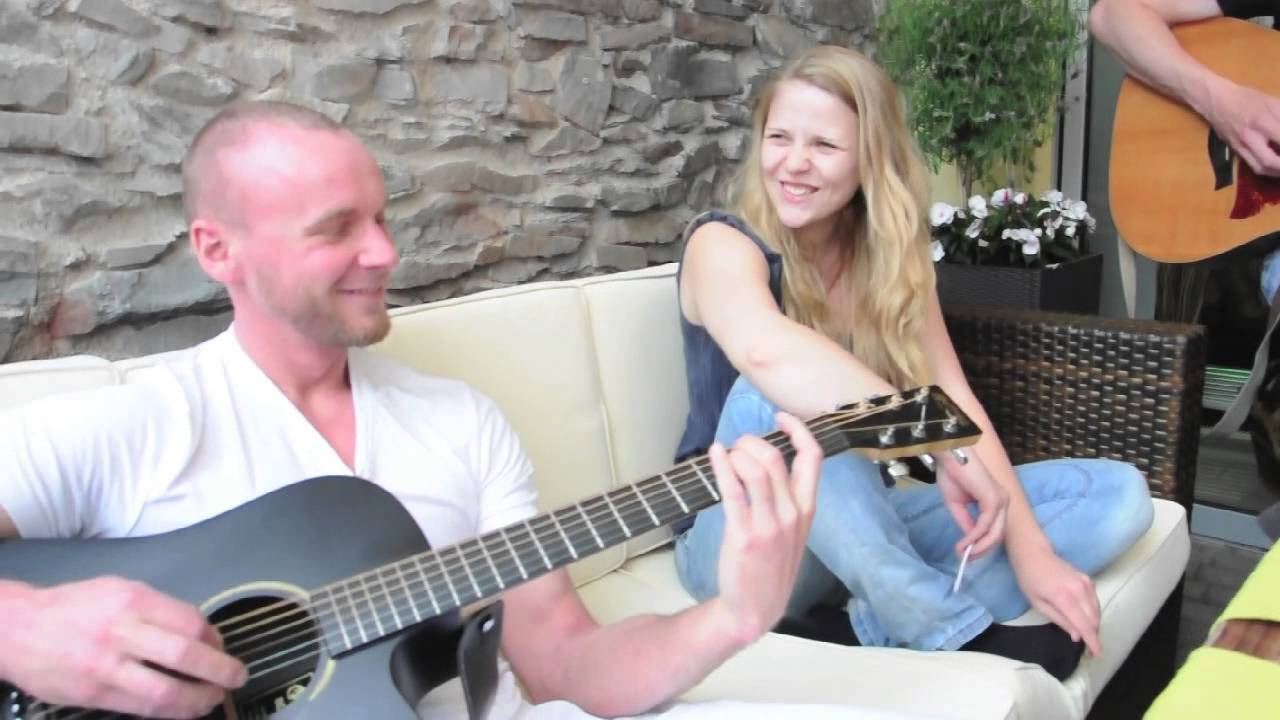 Pokerface acoustic lady gaga