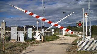 Spoorwegovergang Crispiano (I) // Railroad crossing // Passaggio a livello