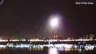 Fire in the Sky : Meteor lights up the night skies over New Jersey and New York (Sept 16, 2014)