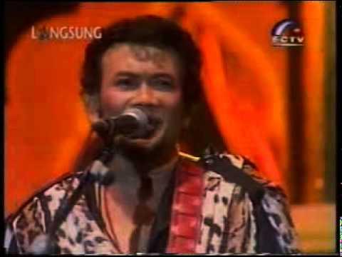 Lebaran-Rhoma Irama Konser Raja Ratu tahun baru 2002