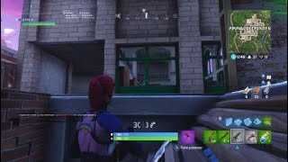 Fortnite:mini glitch on how to go underground on pendeous pinnacles