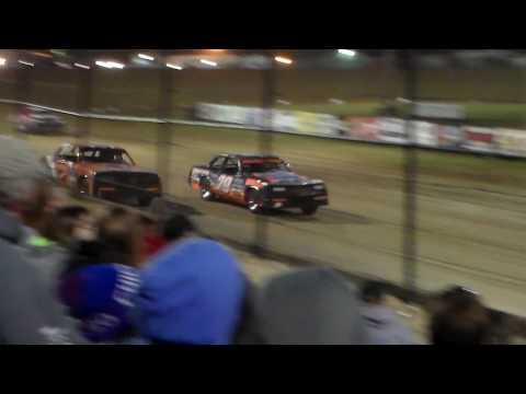 Hobby Stock Heat 4 @ Marshalltown Speedway 04/07/17