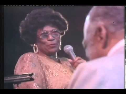 Swing scat Countie Basie and Ella Fitzgerald  A tisket A tasket   1978
