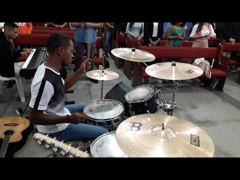 TODAVIA  ME ALEGRAREI / JEFTË SANTOS - Live Drums