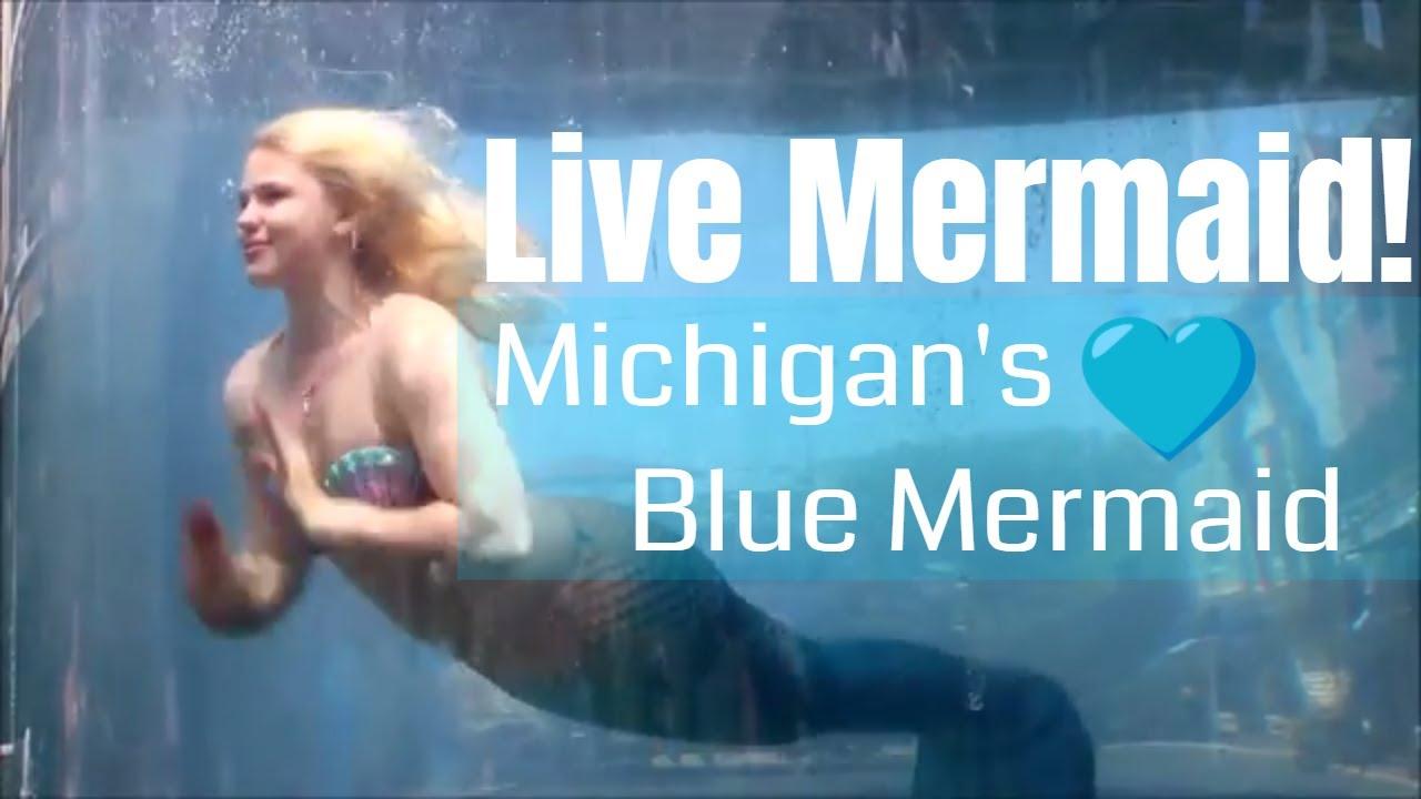 REAL MERMAIDS IN TANKS: Mermaid Sadie Swimming at Mermaid MegaFest 2018 |  South Haven's Blue Mermaid