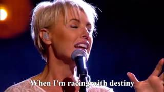 Dana Winner - One Moment In Time - live [Lyrics] HD | Liefde Voor Muziek | VTM