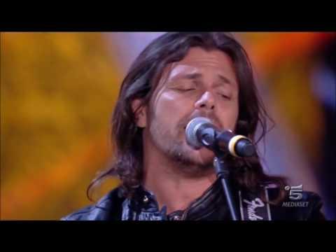 La mia storia tra le dita (da Amici 15  Gianluca Grignani canta con Chiara)