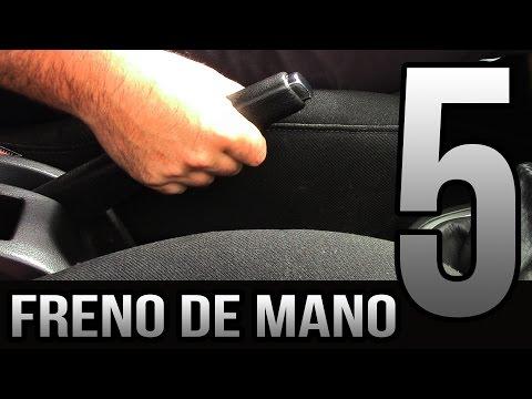 5 trucos para los nuevos conductores - Freno de mano