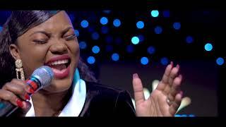 DEBORAH LUKALU - MA CONSOLATION |MUNGU WA MAAJABU LIVE |