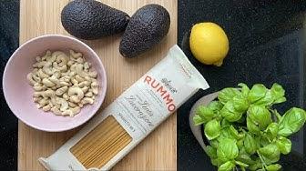 Zu Hause zaubern: Avocado-Pesto