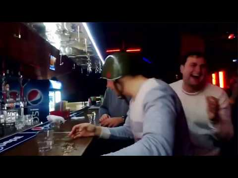 Приколы на ютуб(Девушки 18) видео Прикол - YouTube