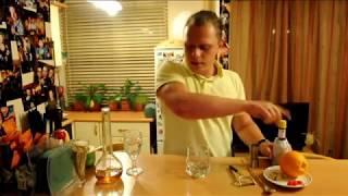 Как приготовить коктейль Олд Фэшн (OLD FASHIONED)(Видео-урок по приготовлению классического коктейля Олд Фэшн (Old Fashioned). Ингредиенты: - виски Бурбон - 45мл -..., 2013-09-20T14:25:00.000Z)
