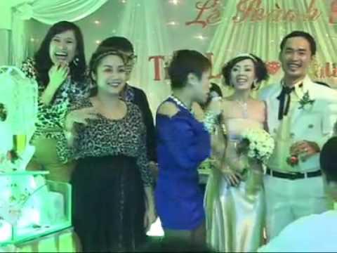 Đám cưới Tiến Luật - Thu Trang Vui cực cực. Tiến Luật nhảy ảo diệu :))))