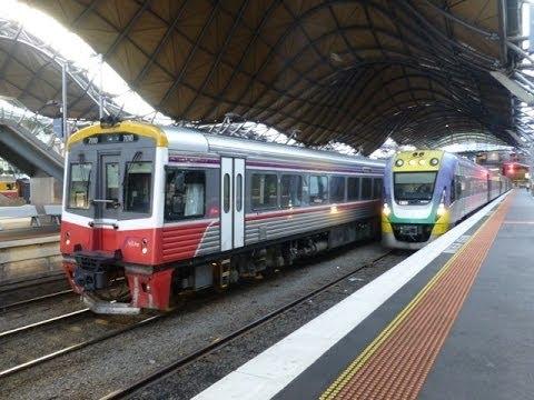 australian trains melbourne southern cross station. Black Bedroom Furniture Sets. Home Design Ideas