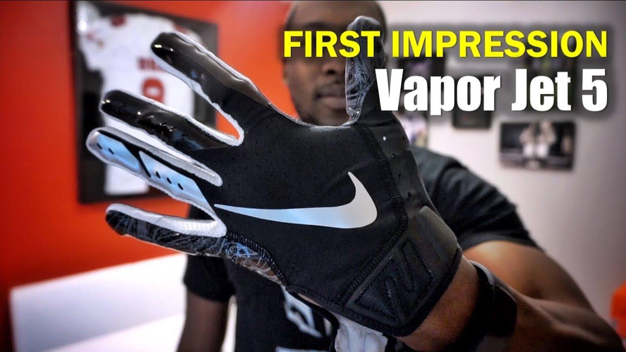 NIKE Vapor Jet 5 Football Glove: 1st Impression