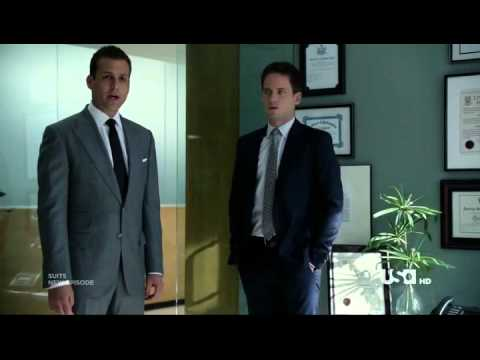 3d18bf323e Harvey Spector Pee in louis litt office.mp4