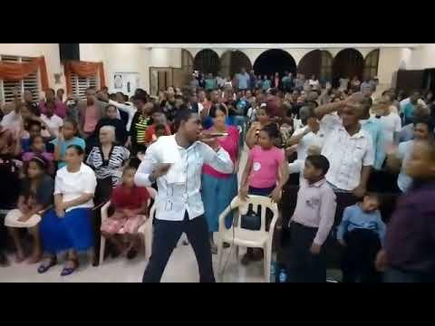 Dios Revela Nombre de una Mujer  en Villa Duarte