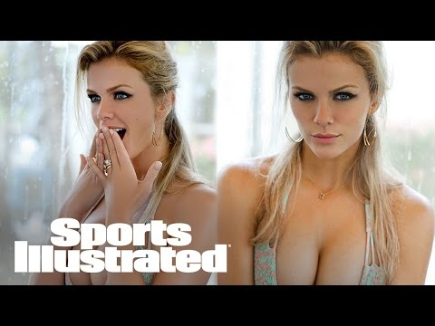 Brooklyn Decker Reflects On Old Photos: 'It Looks Like I Just Farted'   SI NOW   Sports Illustrated