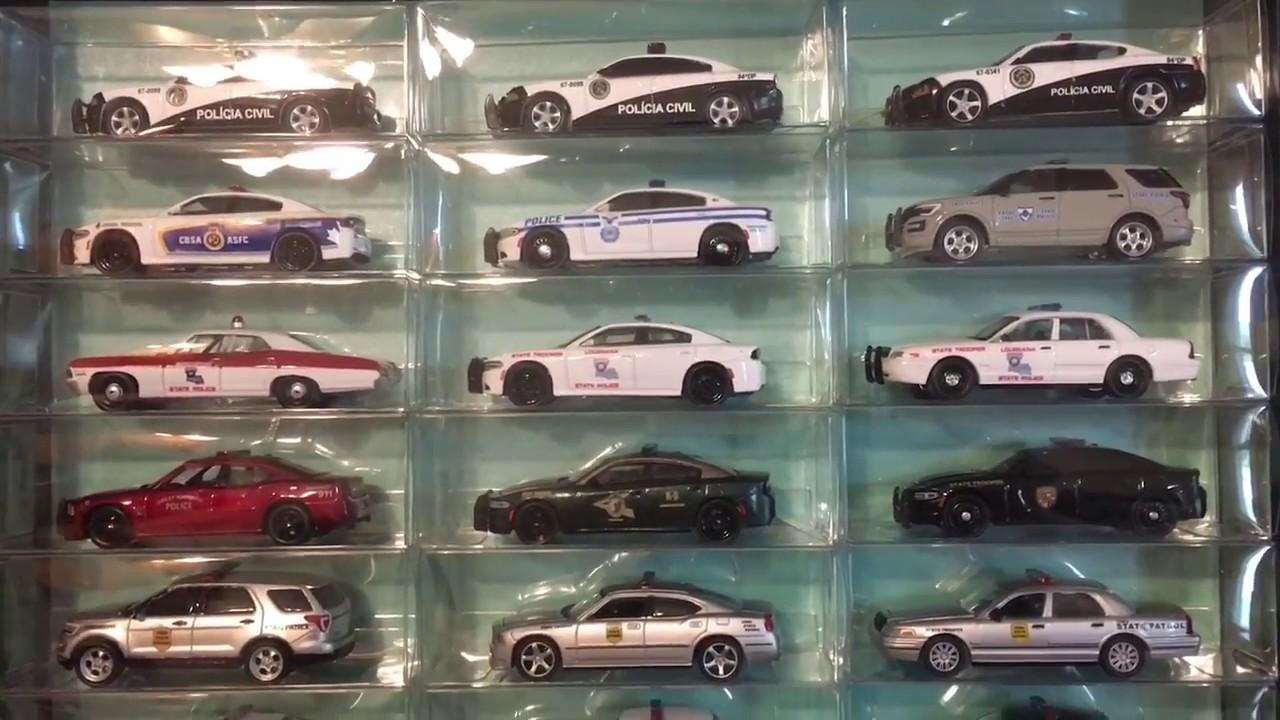 2018 GreenLight Hot Pursuit & Police Car Display