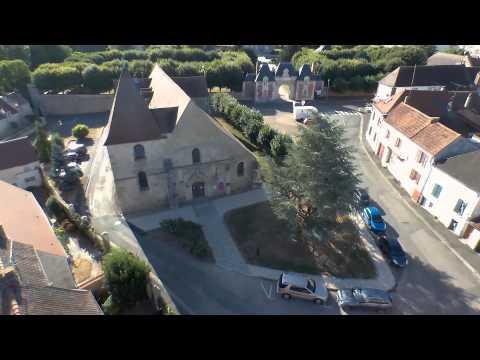 Ecquevilly Eglise et Mairie Bebop Drone