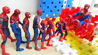Spiderman Swing Fun Play Dominoes スパイダーマンぶらんこ遊び ドミノ倒し