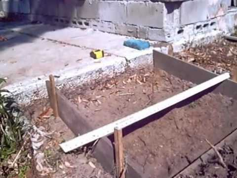 BUILDING A SMALL CONCRETE RAMP - YouTube