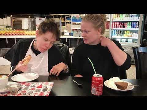 Sara och Linn - en film om personlig assistans i Kristinehamns kommun