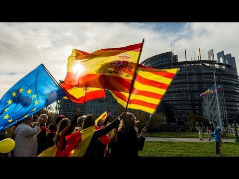 إسبانيا: هل سيواصل الانفصاليون سيطرتهم على برلمان كاتالونيا؟  - نشر قبل 20 دقيقة