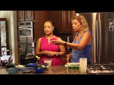 Episode 63: Kale Berry Yogurt Smoothie