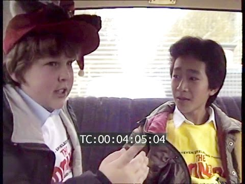 Goonies  Jeff Cohen and Ke Huy Quan in Paris  Making Of