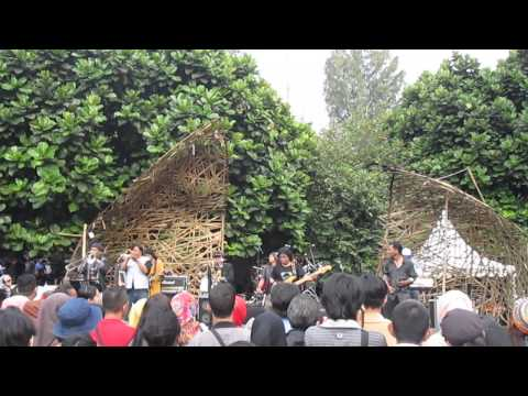 Kemarau - The Rollies (Live @ Pasar Seni ITB 2014)