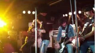 """BABYLON ROCKETS- """"Sell my soul"""" & colaboración Pablo de Uzzhuaia- Sala Live (Madrid)- 4.02.2012"""