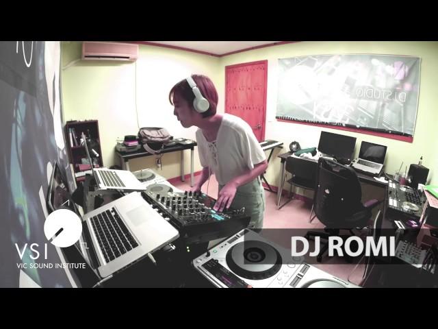 Romi DJ Live Show in VSI