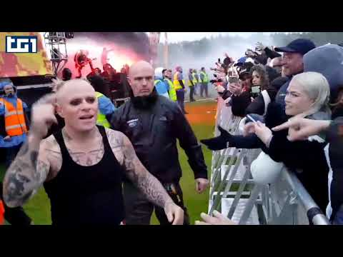 Prodigy frontman Keith Flint suicide Mp3
