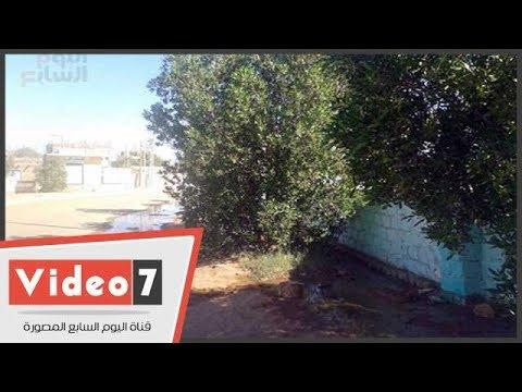 تسرب المياه وغرق الشوارع بإحدى قرى الداخلة  - 12:22-2017 / 10 / 19