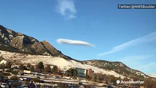 Lenticular cloud looks like UFO hovering over Colorado thumbnail