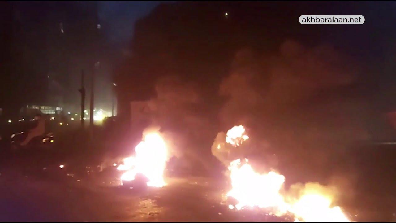 #اللبنانيون مجدداً إلى الشارع: قطع طرقات وغضب شعبي بعد إرتفاع #الدولار  - نشر قبل 5 ساعة
