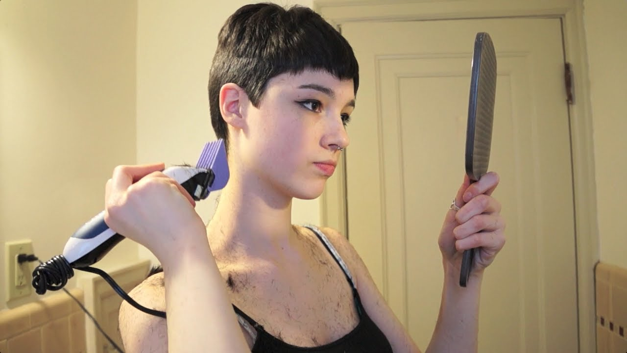 Trimming my pixie cut youtube trimming my pixie cut solutioingenieria