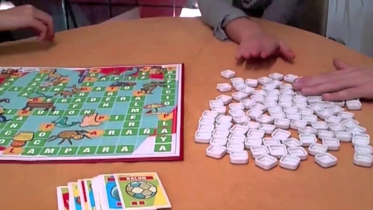 C mo jugar a mi primer juego de palabras youtube for Juego de mesa sin palabras