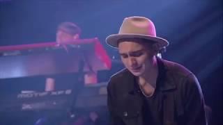 Digno / Al que esta sentado - Marcos Brunet ft Yvonne Muñoz, Marco Barrientos y Julio Melgar.