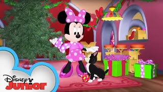 Oh, Christmas Tree | Minnie's Bow-Toons | Disney Junior