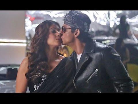SRK Kajol Lip To Lip Moment While Shooting For TUKUR TUKUR Dilwale Song