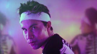 Смотреть клип Sam Tsui - Scaring Myself